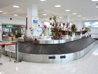久米島空港1階手荷物受取り所